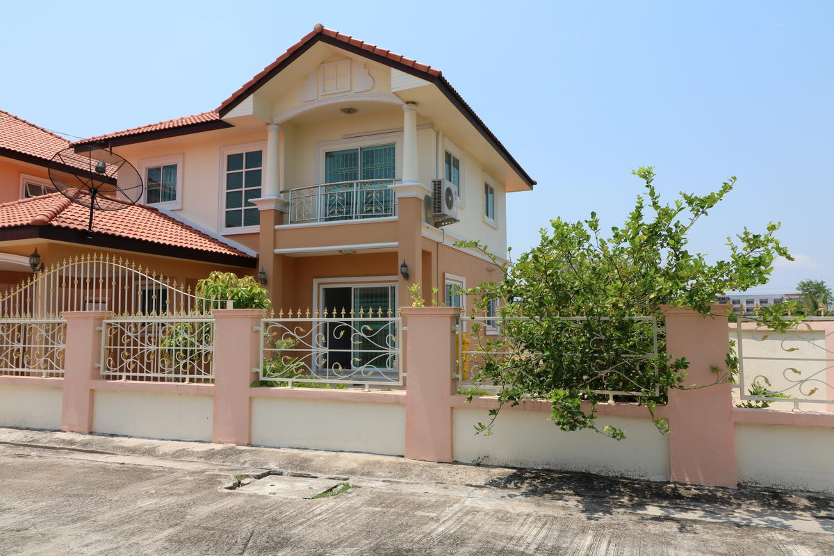 2 Storey House For Sale Of 4 Brm 2 Bth 2 Storey Home For Sale In Romyen 5 Udon
