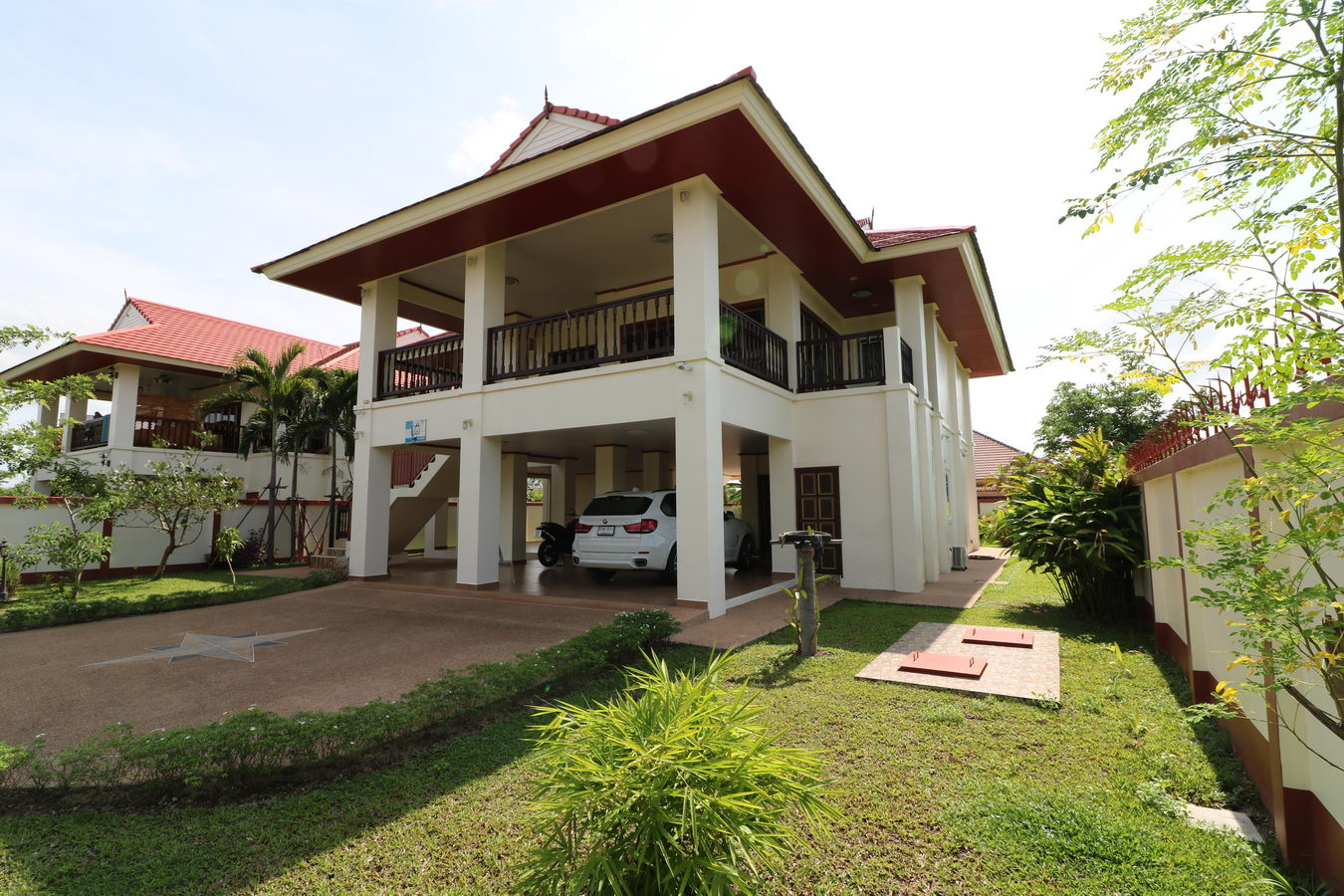 Huge 4 bed 3 bath 2 storey home for sale in ban lueam for 2 storey house for sale