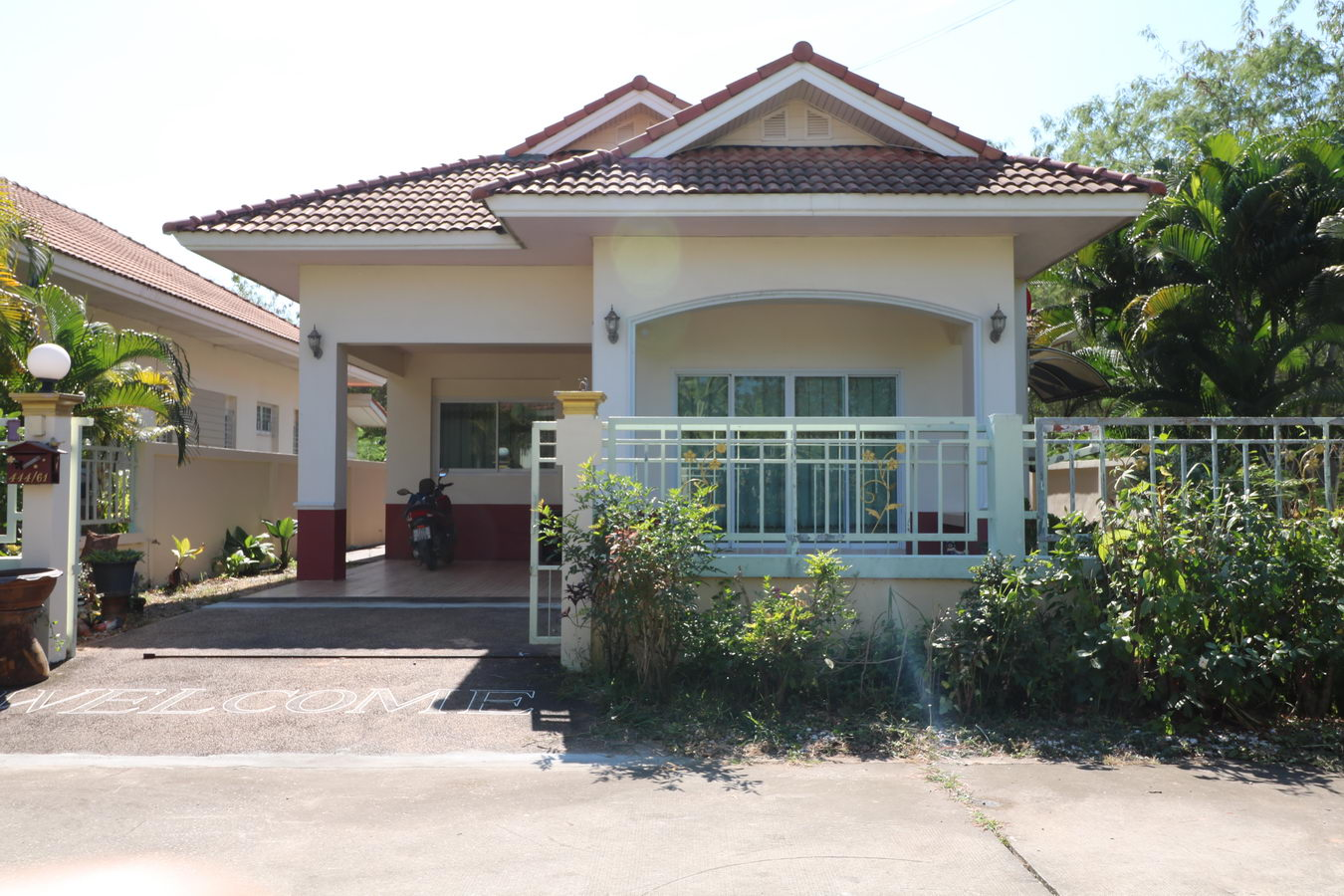 A beautiful 3 bedroom 2 bathroom with landscaped gardens for Property homes for sale